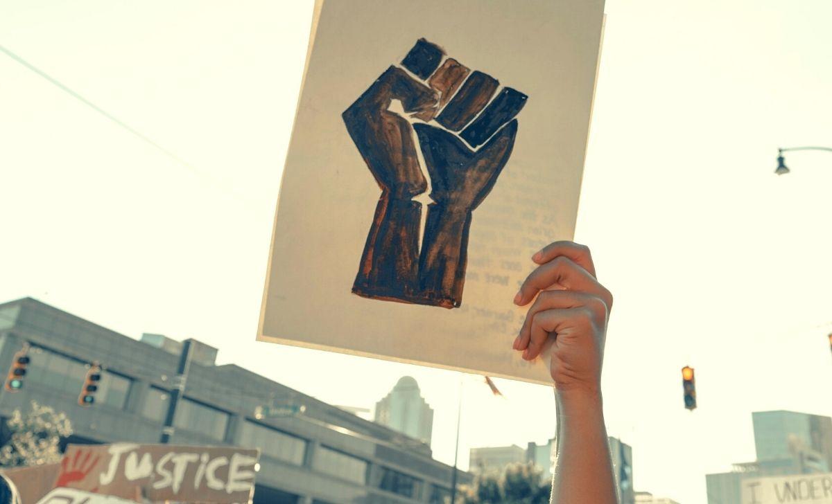 Protesta manifestazione uguaglianza