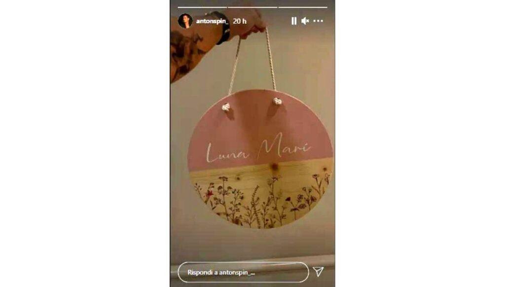 Antonino Spinalbese regalo per la figlia Luna Marie