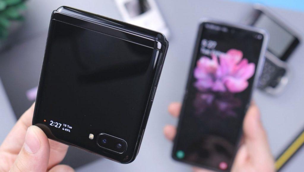 Quale sarà il futuro della telefonia? Smartphone classici o pieghevoli?